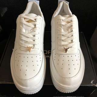 WINDSOR SMITH PLATFORM WHITE SNEAKERS - SIZE 9/10