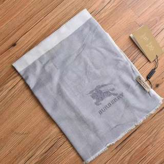 Burberry Pure  Cashmere Soft  Scarf  Light Grey