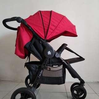 B free i-walker Stroller