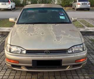 Toyota Camry 2.2 Year 1996 Gold