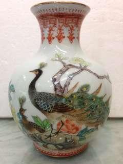 Porcelain-金印孔雀并H16cm