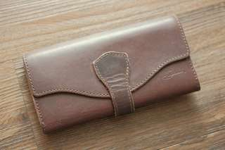 Saddleback Leather Long Trifold Wallet (Chestnut Reddish Brown)