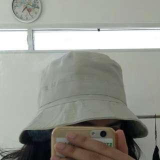 Bucket Hat / topi mangkok