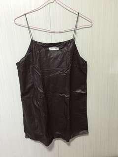 仿皮啡色吊帶裙