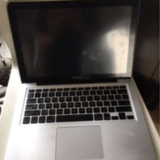 Reduced. Apple MacBook Pro USED No hard drive.