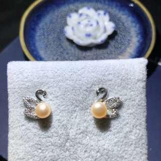 Natural freshwater pearl earrings,