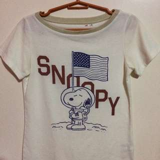 UNIQLO Snoopy Top