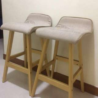 Scandinavia inspired wooden high chairs