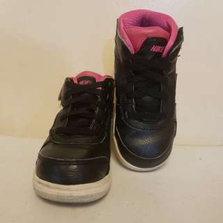 Jordan for kids women 8C