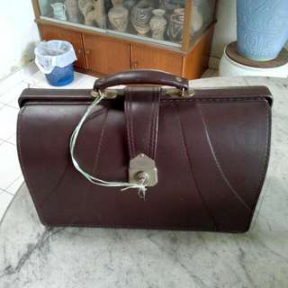 Briefcase Bag With Key Vintage