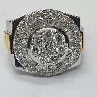 Mens Diamond RingTotal Of 3.2 Carats VVS