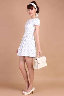 Lilypirates Fairest of them all Dress in white