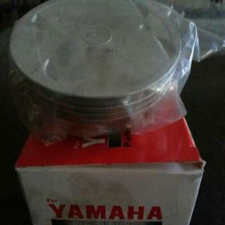 Original Piston YAMAHA LC 135