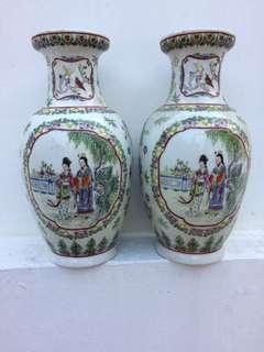 Porcelain twin Vases vintage