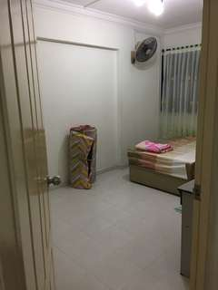 Common room for rent at Toa Payoh block 155