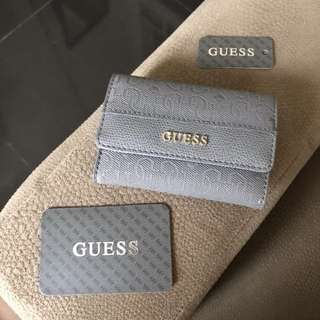 Guess small wallet (free shipping)