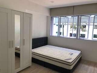 Woodlands(Admiralty MRT) common room for rent