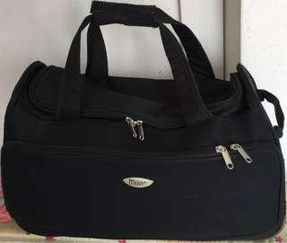"Black Fabric 2-wheel compact Trolley bag (20"")"