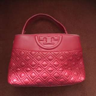 Tory burch red