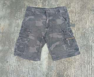 Short Pants Size 32