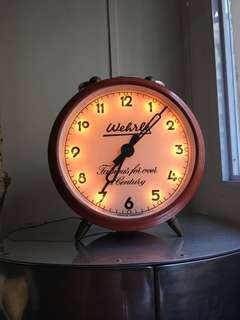Manual winding vintage table clock