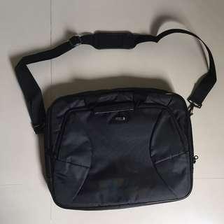 Laptop Sling Bag Carrier 15 inch