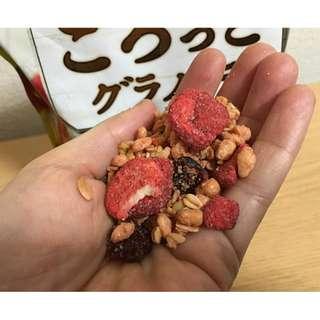 即期促銷品 日清水果早餐麥片 草莓口味  ~ 歡迎批發 ~