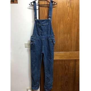 藍色牛仔吊帶褲