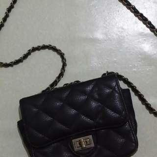 Black Sling Bag (small)