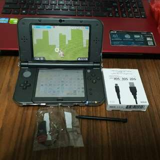 B9S modded 64GB New 3DS XL (Metallic black)
