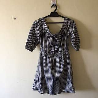 H&M Checkered Print Off the Shoulder Dress