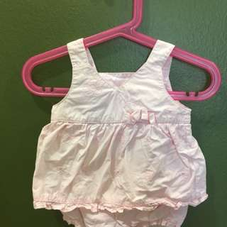 Beautiful Romper (0-3 mnths but suits till 6 mnths)