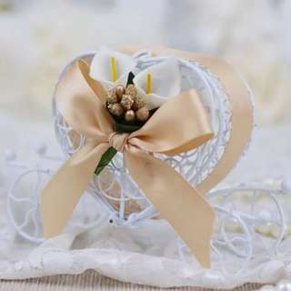 PO Sweet Ribbon Heart Carriage Candy Favor Holder