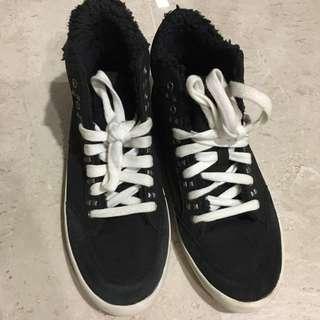 Zara Girls canvas shoes black