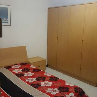 Master bed room for rent(Filipino only)
