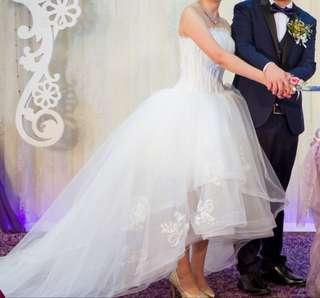 放訂造婚紗晚裝