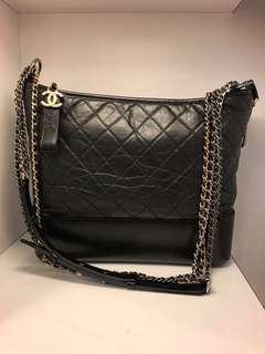 正品 全新 Chanel 黑色菱格流浪包 大號