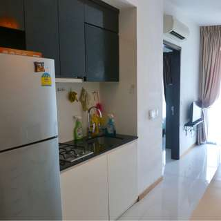 Spacious 1 bedder Near MRT For Sale