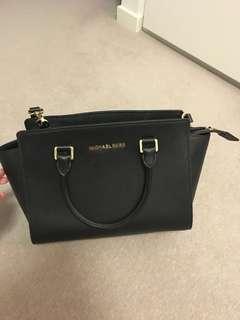MK Authentic Medium Black Style Bag