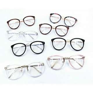 Replaceable Lens Eyeglasses