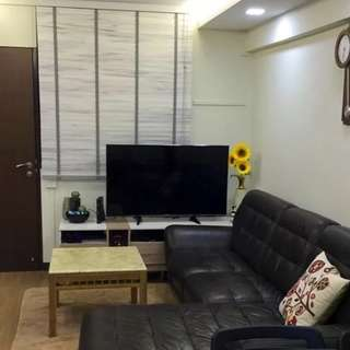 Kallang room close to Mountbatten MRT!