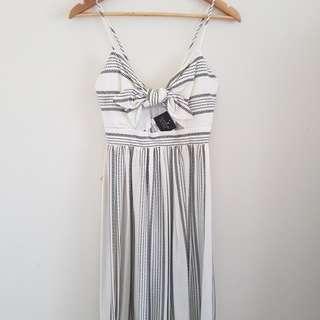 TOPSHOP front wrap midi dress