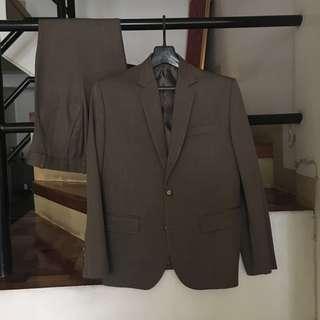 Men's suit (coat and pants) brown