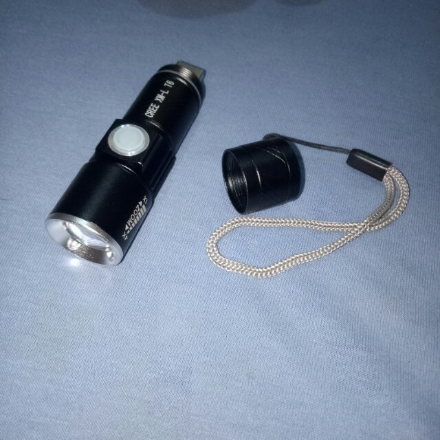 2000 LM Q5 LED Tactical Rechargeable USB Flashlight Torch Zoom Adjustable