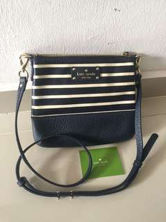 Kate Spade Sling Bag auth