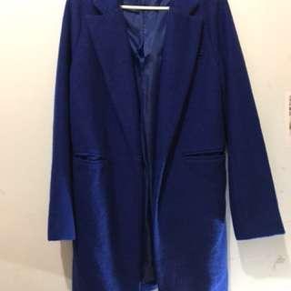 🚚 寶藍大衣