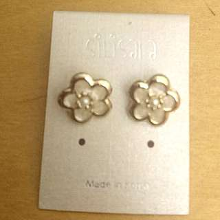 Flower earrings花耳環
