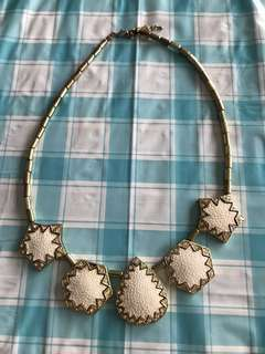 Fashion Gold White Necklace
