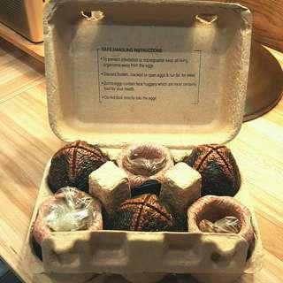 NECA Alien Eggs in Egg Carton