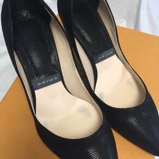 High heel shoes , made in Korea . Size 240mm